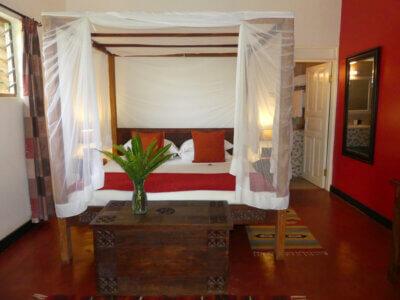 Entebbe, Boma Hotel